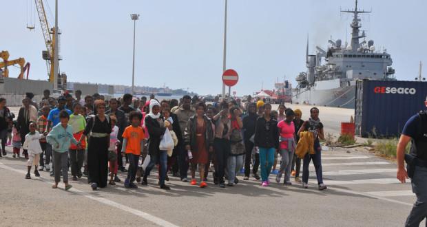 """Accoglienza migranti, M5S: """"Serve legalità, non gestioneaffaristica"""""""