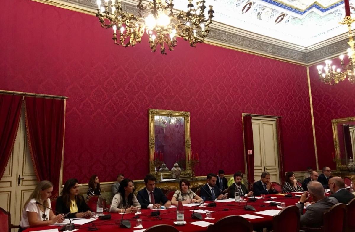Agevolazioni per biglietti aerei da e per la Sicilia. Da governo Conte, 32 milioni perl'Isola