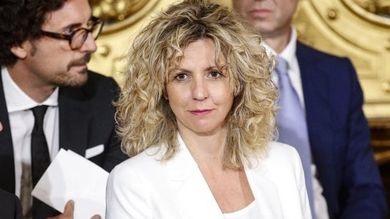 Catania-Ragusa, la ministra Lezzi convoca sindaci eRegione