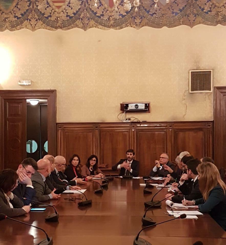 """Bapr, Sottosegretario Villarosa (M5S) rassicura azionisti: """"Presto soluzioni"""" All'incontro con la delegazione azionisti Bapr anche l'on.Lorefice"""